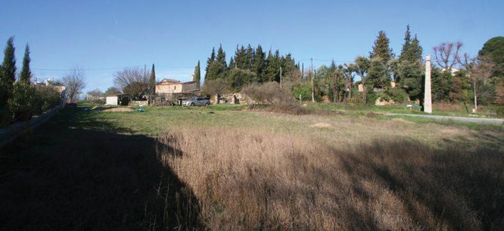 Terrain à Salernes